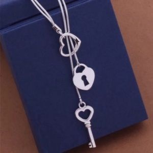 925 sterling silver key/heart necklace NWOT